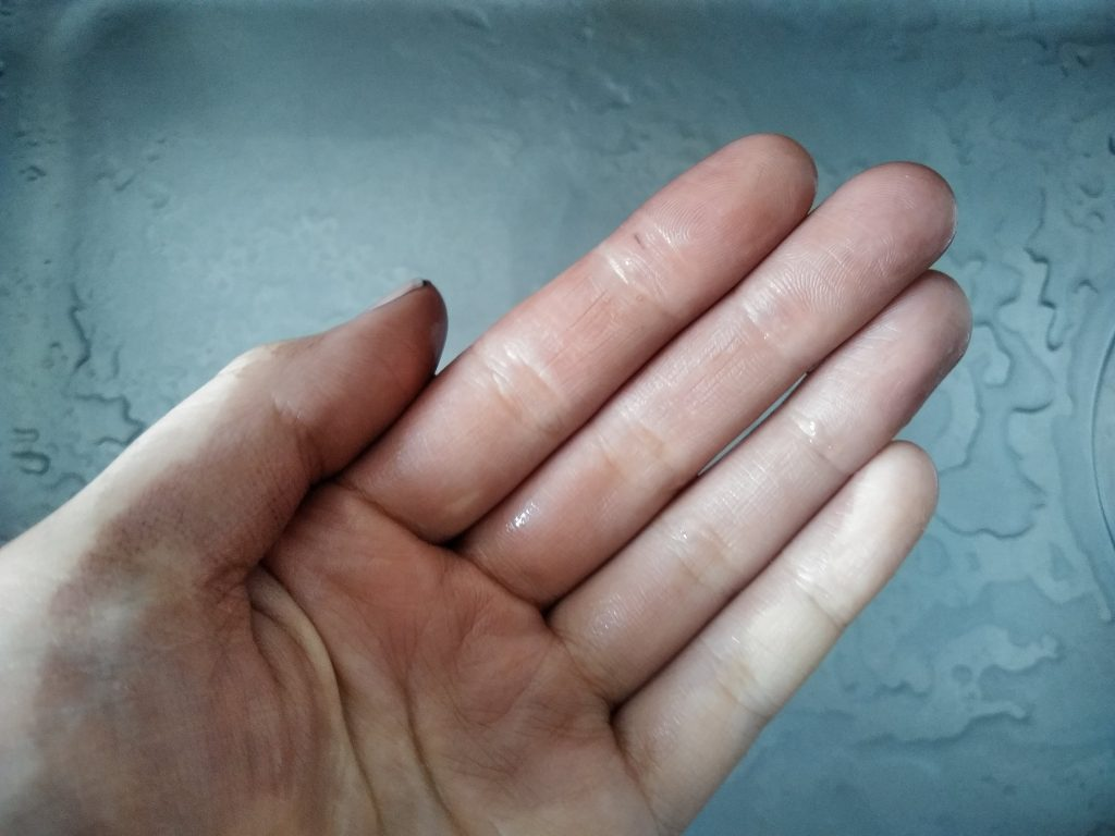 ルプルプ 素手 手袋 落ちない 着色